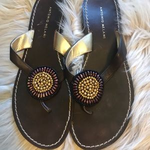 Antonio Melani Brown Tonged Sandals Leather 9.5